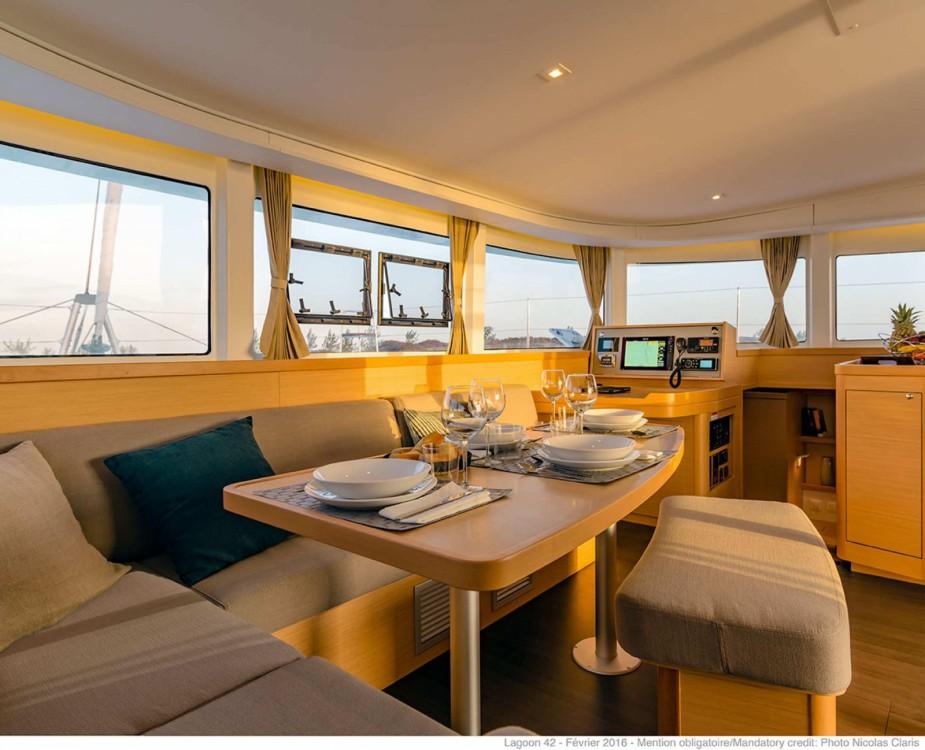 Rental Catamaran in Tropea - Lagoon Lagoon 42