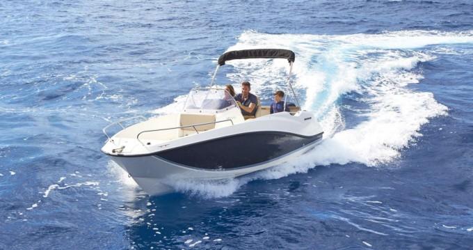 Location bateau Quicksilver Activ 555 Open à Trogir sur Samboat