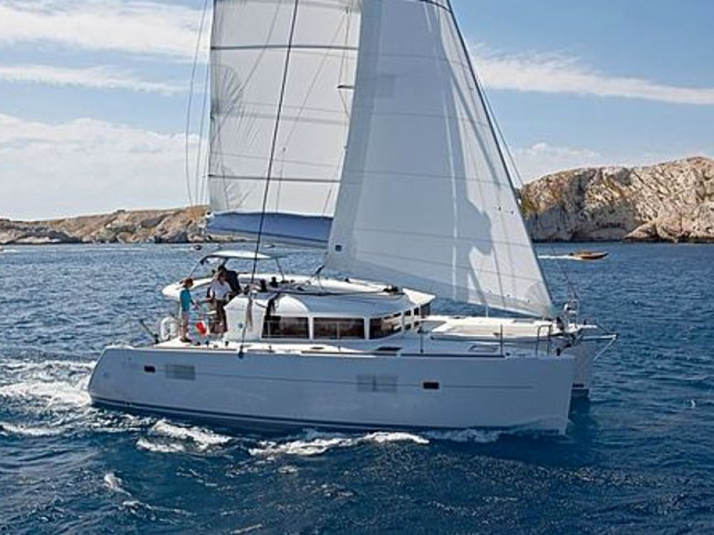 Hire Catamaran with or without skipper Lagoon Marina Naviera Balear