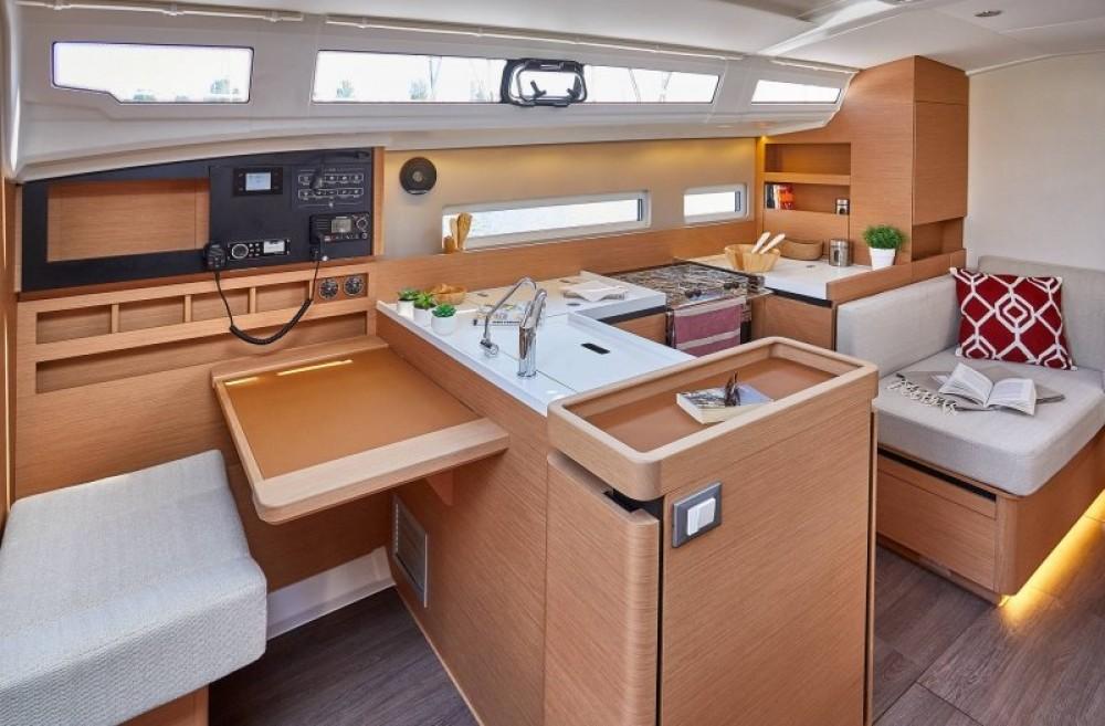 Location yacht à Pula - Jeanneau Sun Odyssey 410 - 3 cab. sur SamBoat