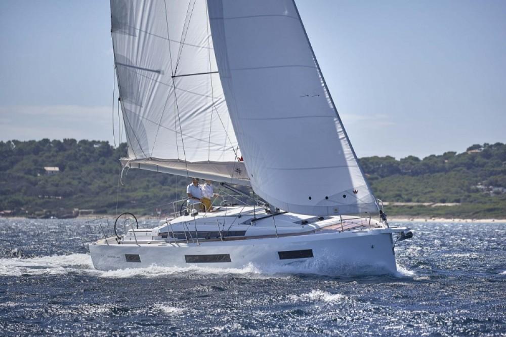 Jeanneau Sun Odyssey 440 entre particuliers et professionnel à Split
