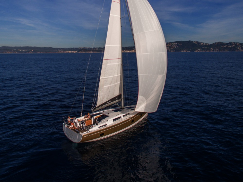 Rental yacht Marina Kaštela - Hanse Hanse 418 - 3 cab. on SamBoat