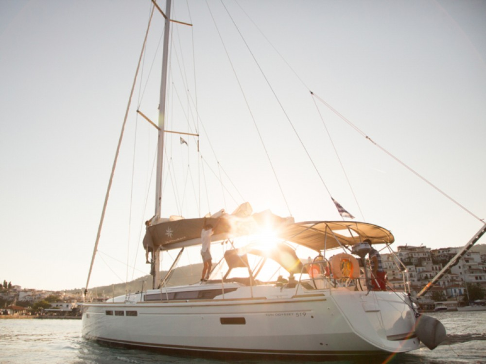 Hire Sailboat with or without skipper Jeanneau Σκιάθος