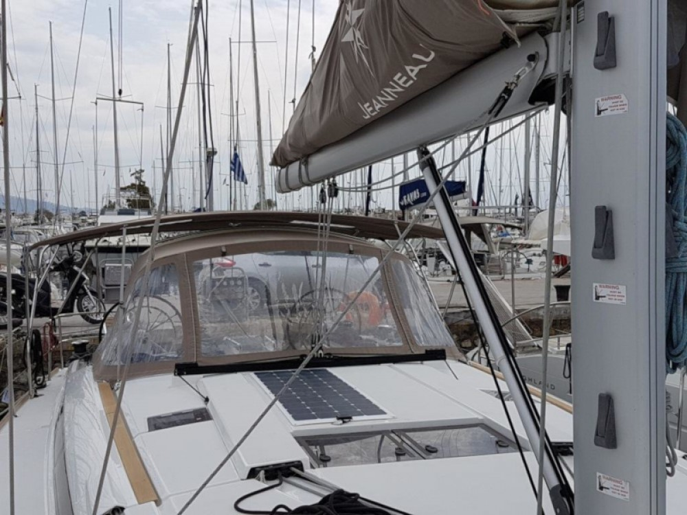 Rental Sailboat in Σκιάθος - Jeanneau Sun Odyssey 519 (AC, Gen)