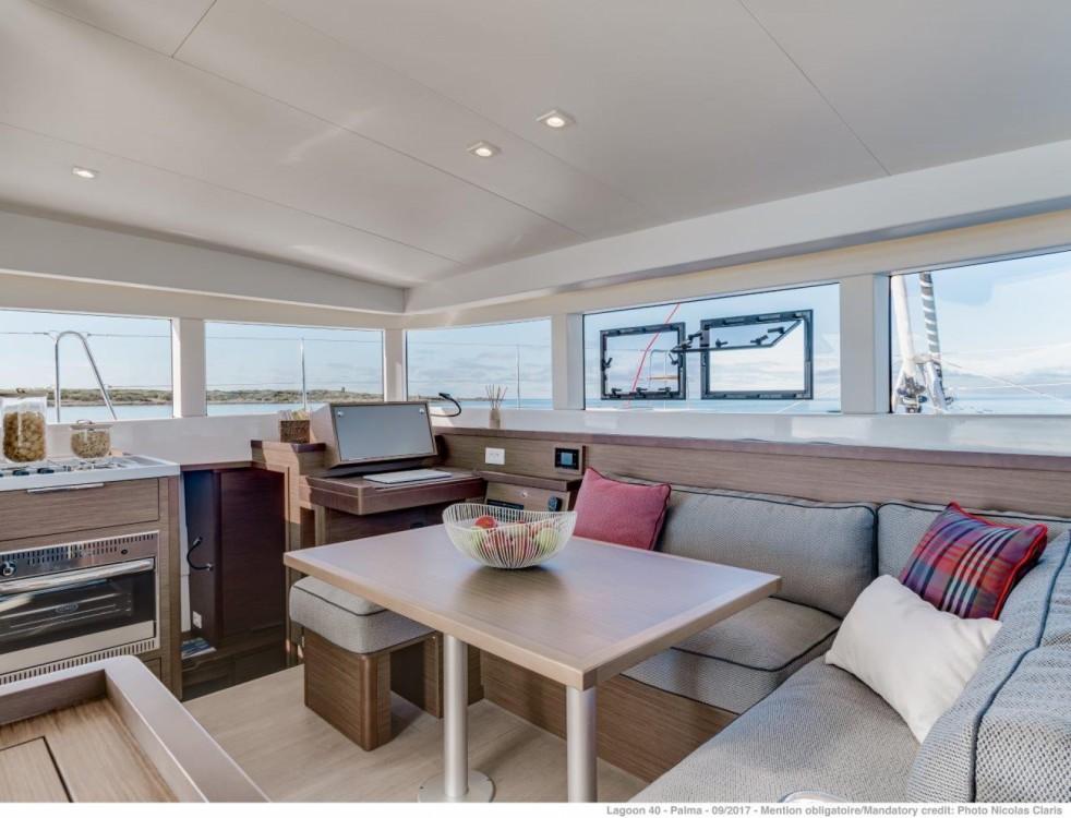 Rental yacht Seget Donji - Lagoon Lagoon 40 - 4 + 2 cab  on SamBoat