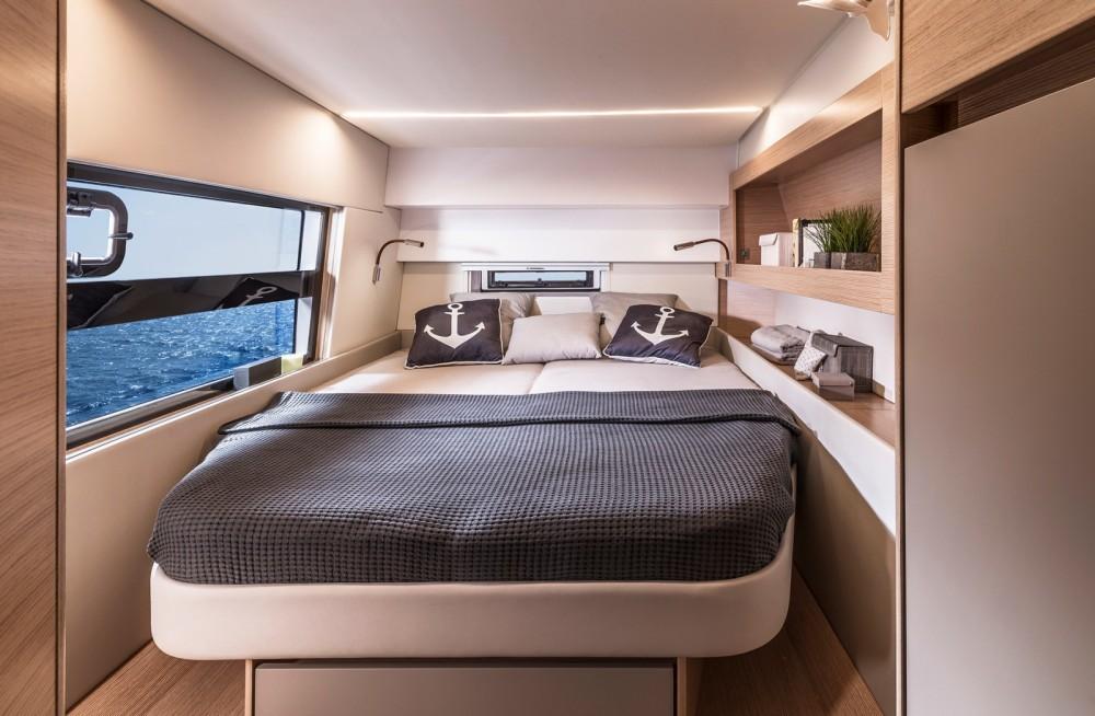 Boat rental Bavaria Nautitech 47 Power - 4 + 2 cab. in Corfu on Samboat