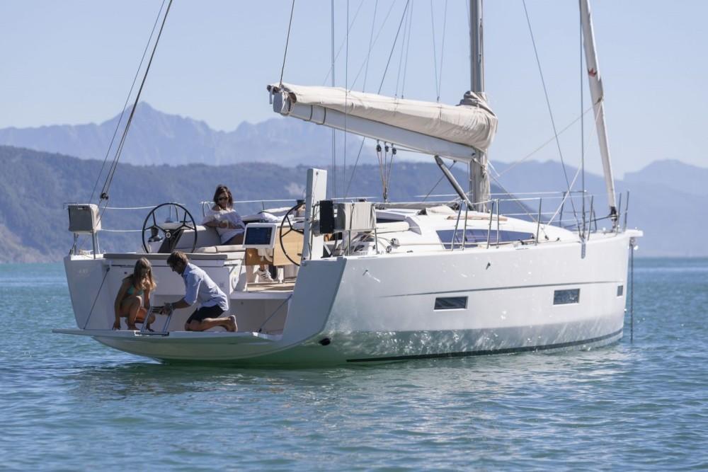 Rental Sailboat in Croatia - Dufour Dufour 430 GL