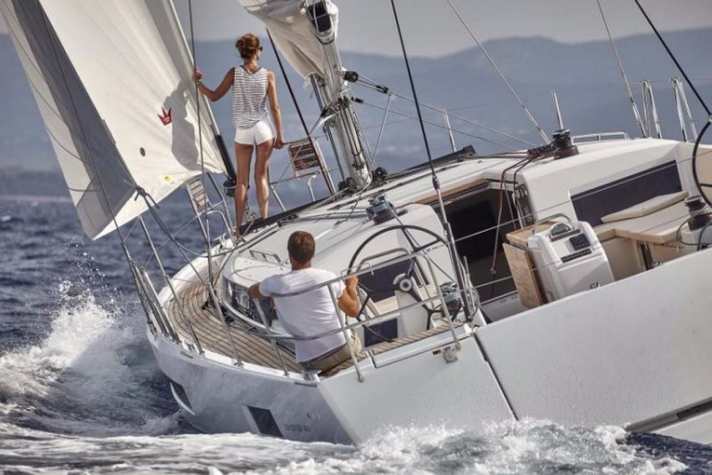 Rental yacht Laurium - Jeanneau Sun Odyssey 490 - 5 + 1 cab. on SamBoat