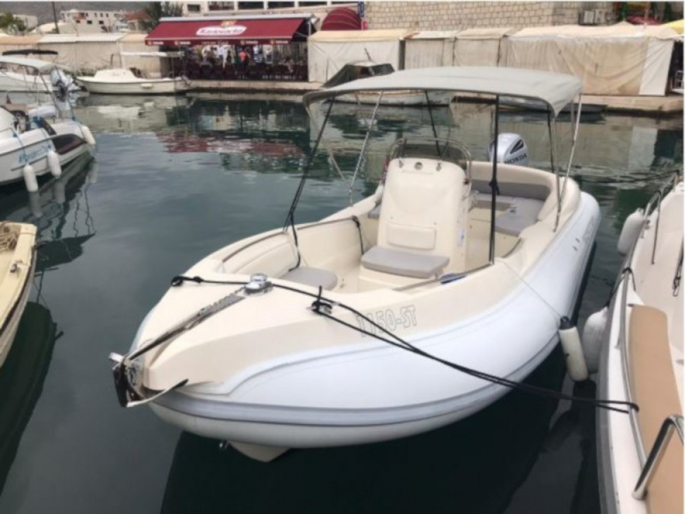 Boat rental  Scanner 710  in ACI Marina Trogir on Samboat