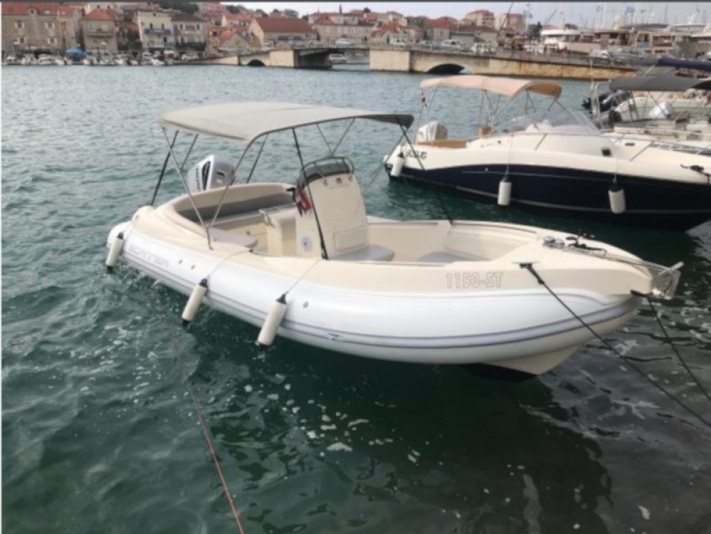Rent a  Scanner 710  ACI Marina Trogir