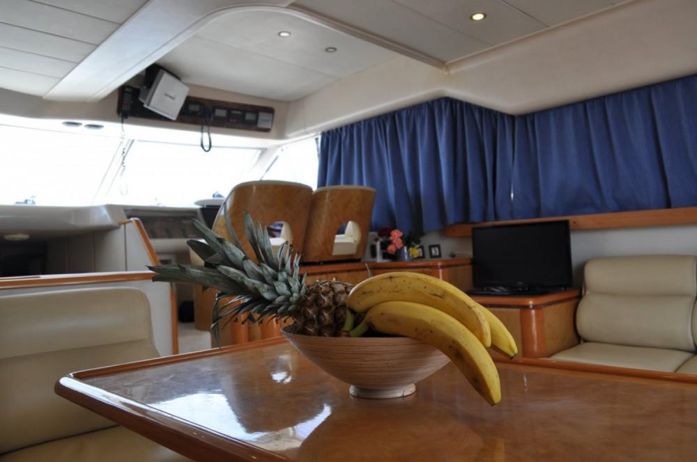 Rental Motor boat in Central Greece - Princess-Yachts Princess 470