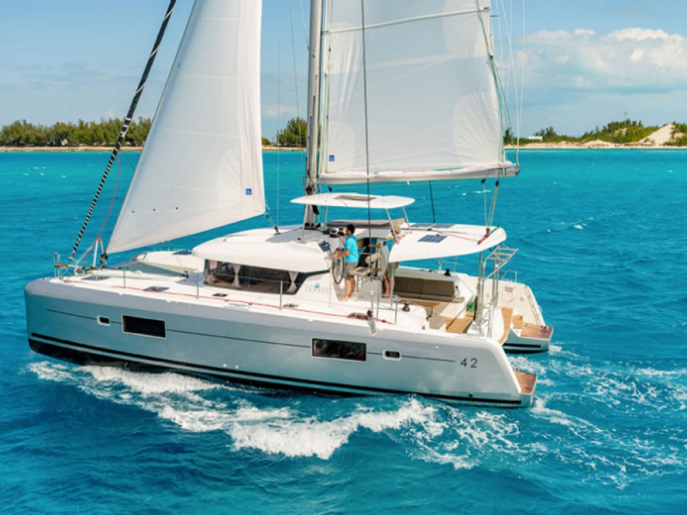 Rental Catamaran in Laurium - Lagoon Lagoon 42