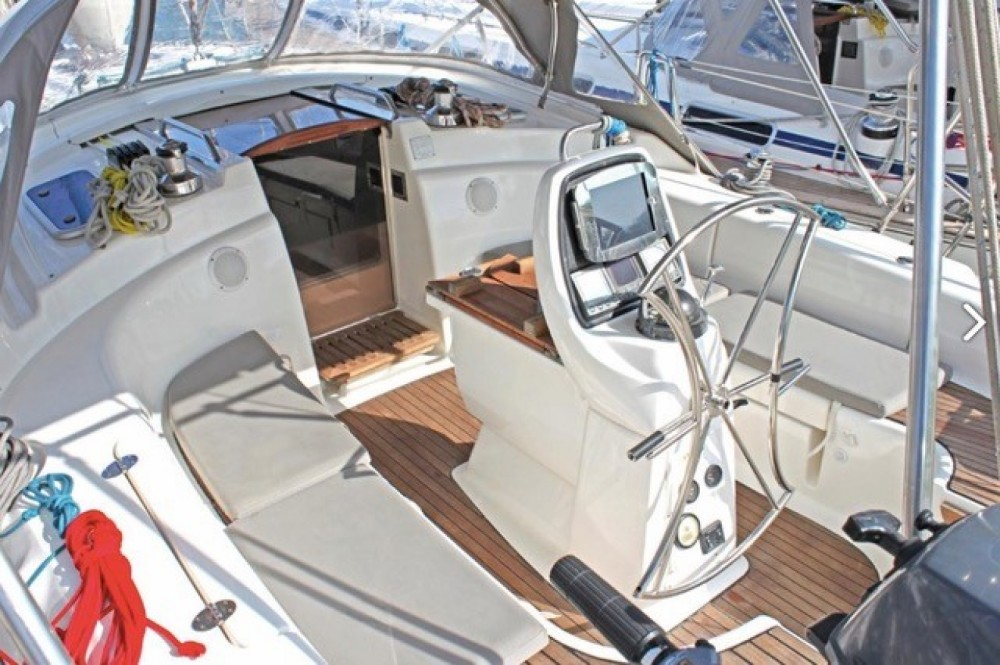 Rent a Bavaria Bavaria 39 Cruiser Corfu