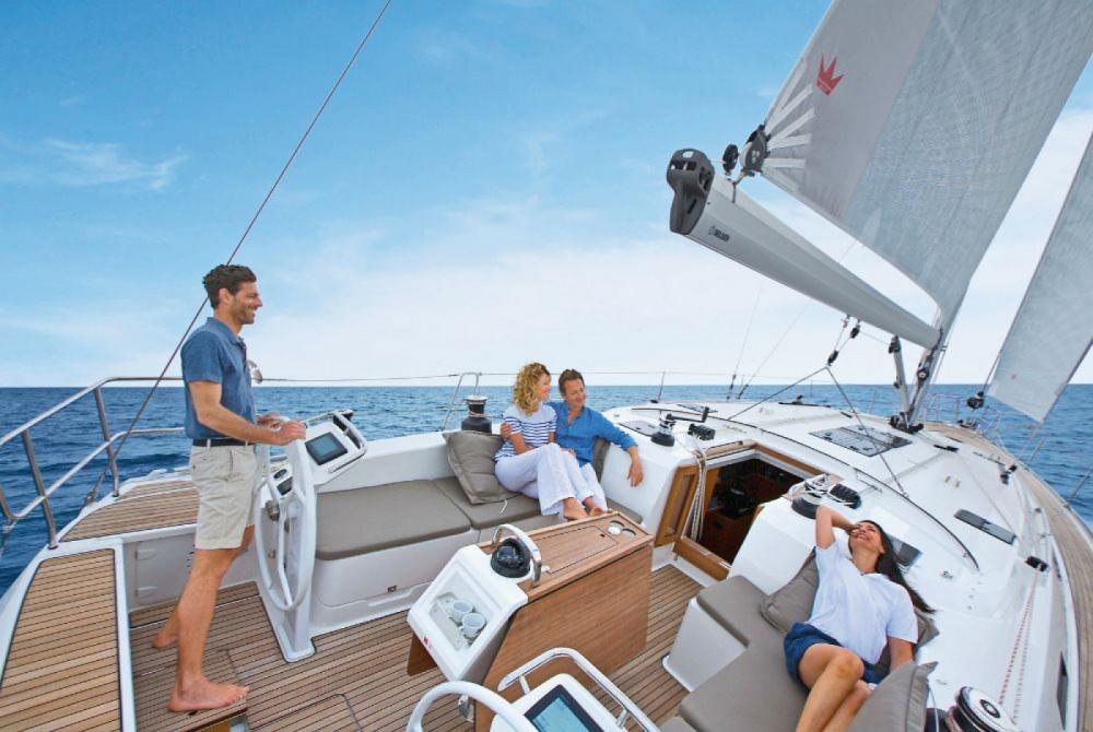 Boat rental Bavaria Bavaria Cruiser 51 in Corfu on Samboat