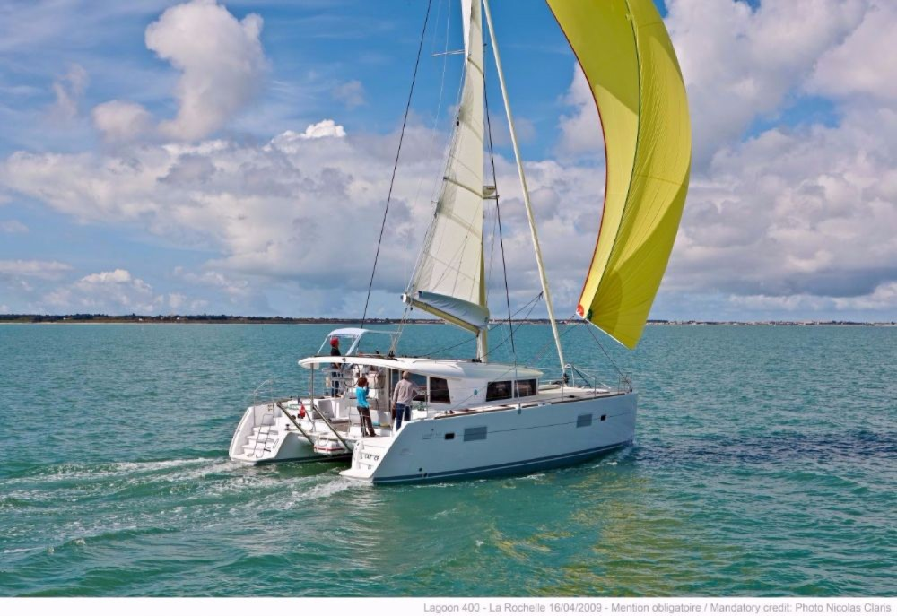 Hire Catamaran with or without skipper Lagoon Central Greece