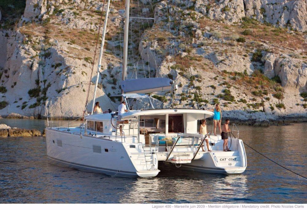 Rent a Lagoon Lagoon 400 - 4 + 2 cab. Central Greece