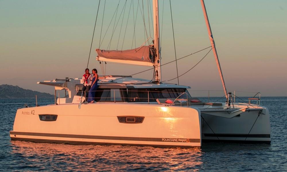 Rental yacht Marmaris Yacht Marina A.Ş - Fountaine Pajot Fountaine Pajot Astrea 42 - 4 + 1 cab. on SamBoat