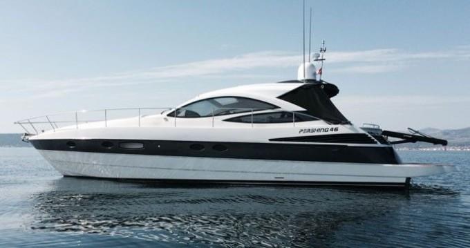 Location bateau Pershing Pershing 46 à Vibo Marina sur Samboat