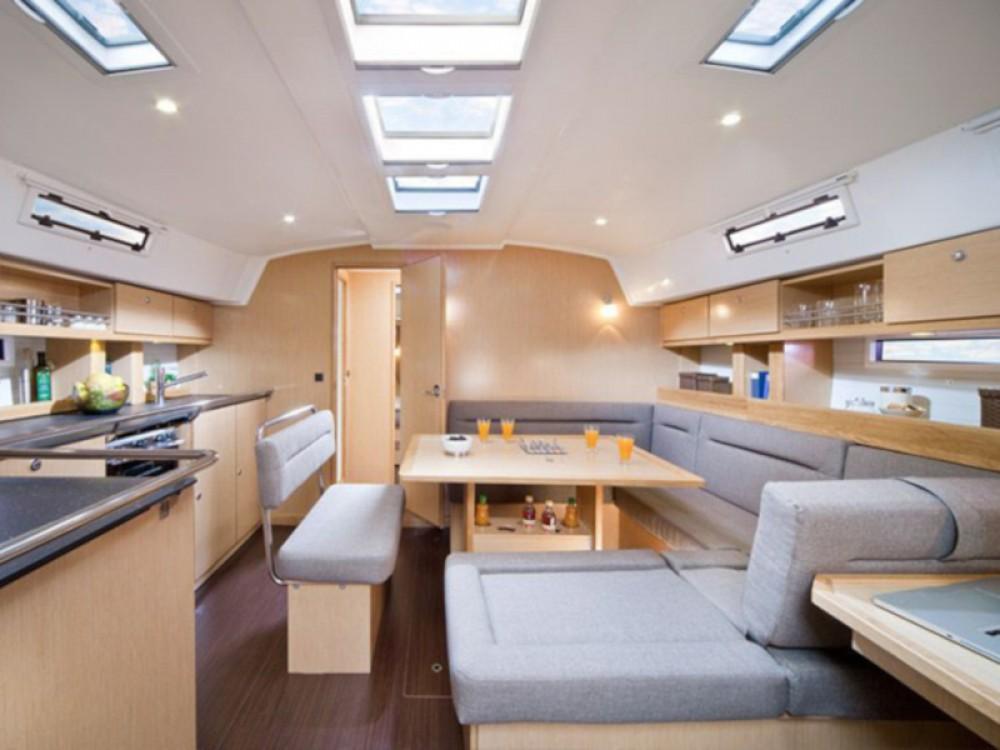 Rental Sailboat in Marina Gouvia - Bavaria Bavaria 45 Cruiser