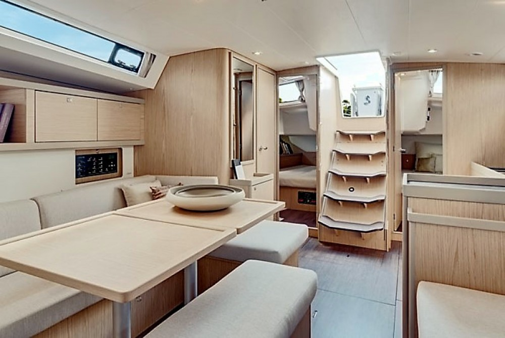 Boat rental Laurium cheap Oceanis 41.1