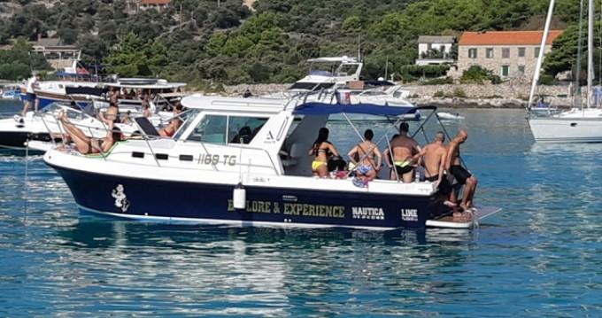 Louer Bateau à moteur avec ou sans skipper Albin à Trogir