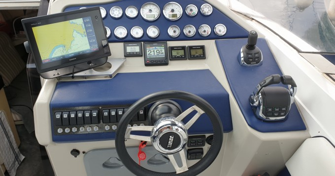 Louer Bateau à moteur avec ou sans skipper Sunseeker à Calvi