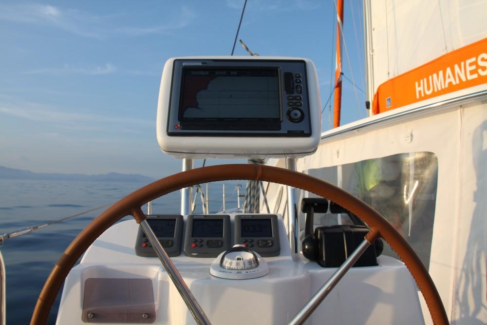 Location bateau Macinaggio pas cher Nautitech 442