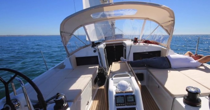 Location bateau Páros pas cher Sun Odyssey 440 - 3 cab.