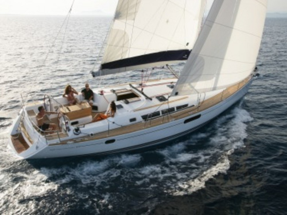 Jeanneau Sun Odyssey 49i between personal and professional Laurium