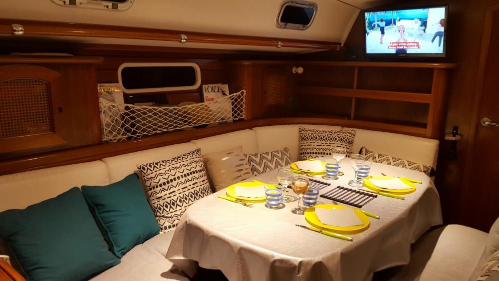 Boat rental Bénéteau Beneteau 50 in Ajaccio on Samboat