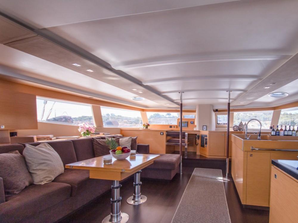 Rental yacht Marina de Alimos - Fountaine Pajot Sanya 57 - 5 cabi version on SamBoat