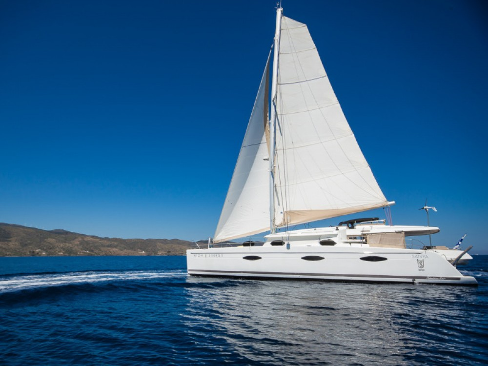Fountaine Pajot Sanya 57 - 5 cabi version between personal and professional Marina de Alimos