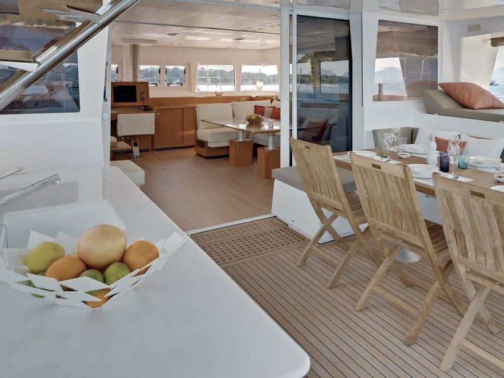 Rent a Lagoon Lagoon 62 - 5 cabin version Marina de Alimos