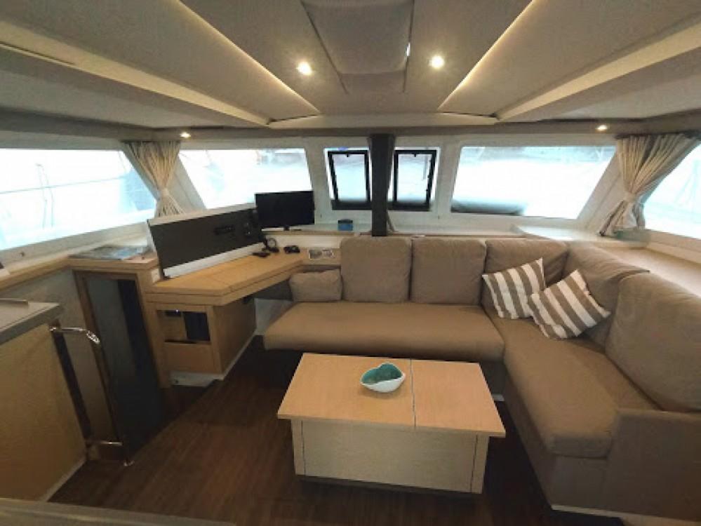 Rental yacht Greece - Fountaine Pajot Lucia 40 on SamBoat