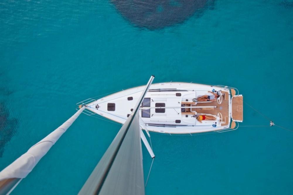 Boat rental Elan Elan Impresion 40 in Trogir on Samboat