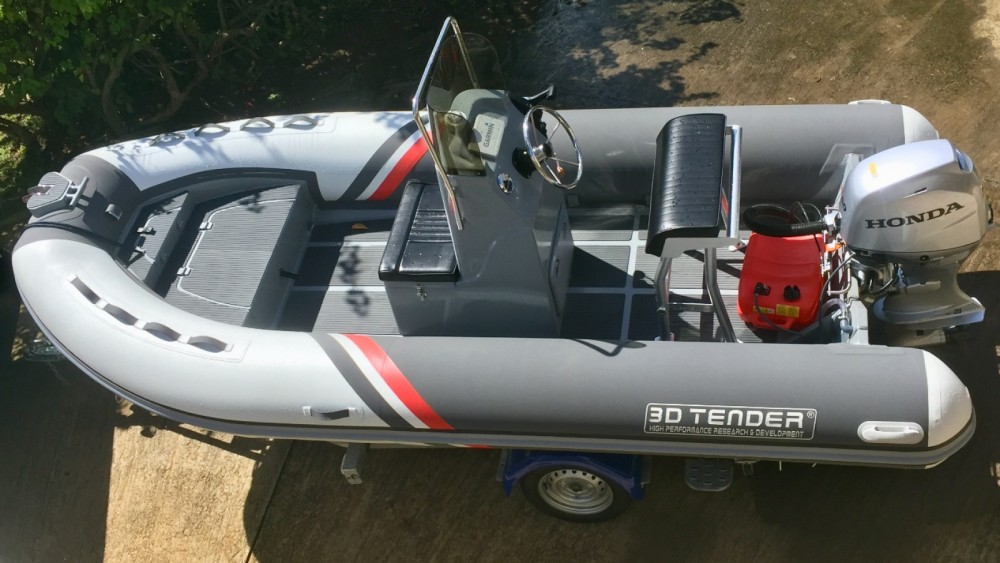 Louez un 3D Tender Stealth RIB 460 à Le François