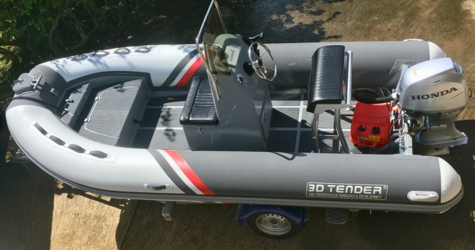 Location bateau 3D Tender Stealth RIB 460 à Fort-de-France sur Samboat