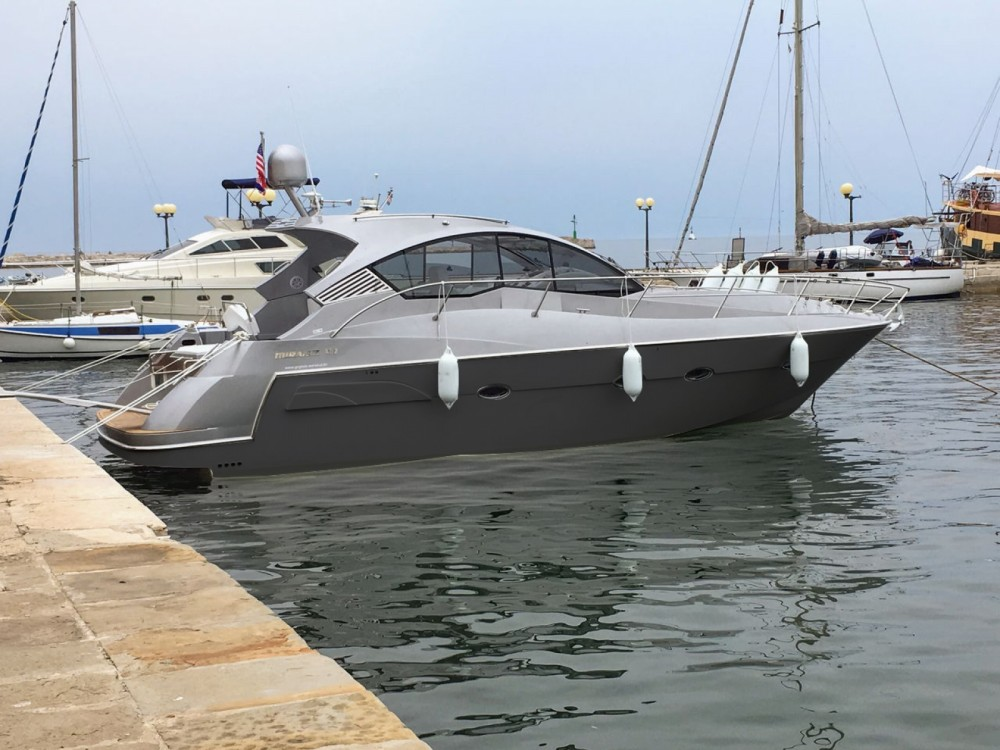 Rental Motor boat Grginic-Jahte with a permit