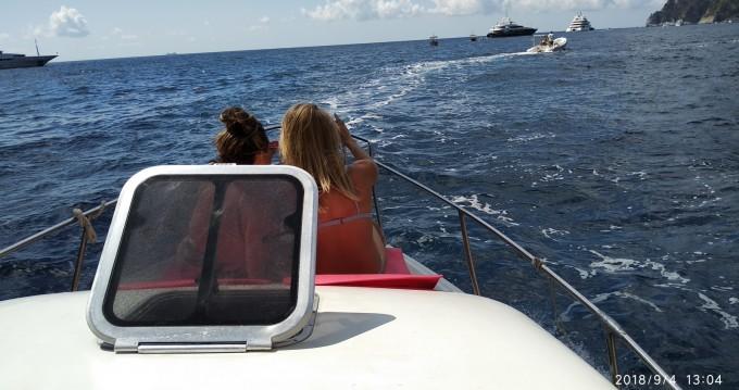 Boat rental Atlantic Gobbi 25 cabin in Positano on Samboat
