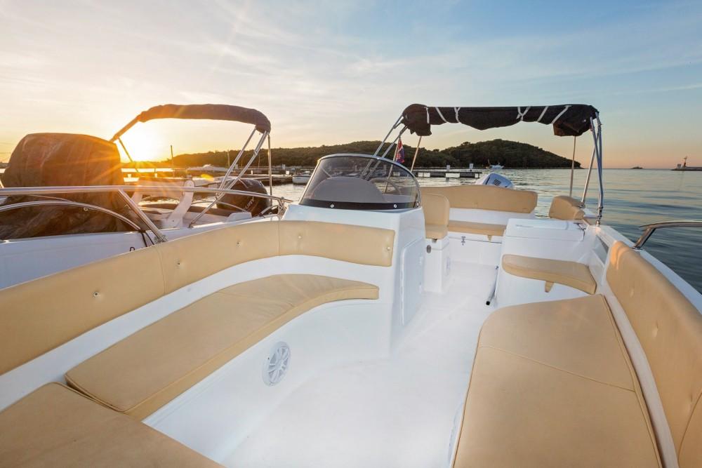 location bateau  u00e0 moteur marinello marinello 22 eden open marinello 22 eden open   200 hp 6