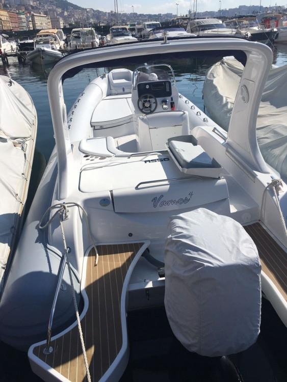 Boat rental Naples cheap Charisma 8.7