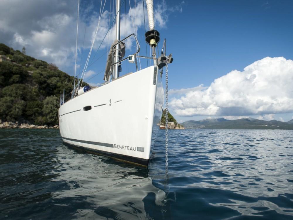 Boat rental Lefkas cheap Oceanis 43