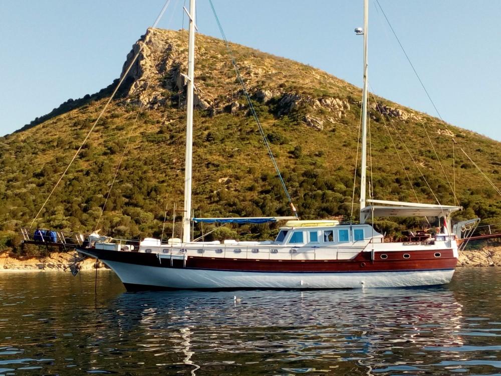 Noleggio Barca a vela Gulet con un permesso di