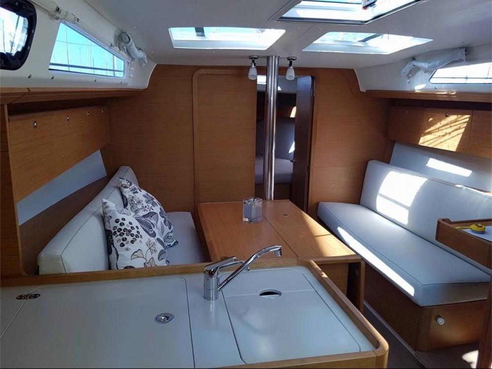 Rental Sailboat in Cagliari - Casteddu - Dufour Dufour 360 Grand Large