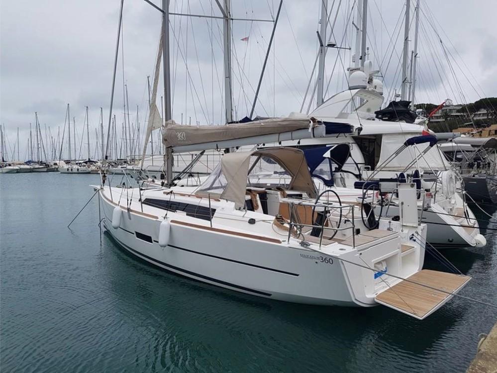 Rental yacht Cagliari - Casteddu - Dufour Dufour 360 Grand Large on SamBoat