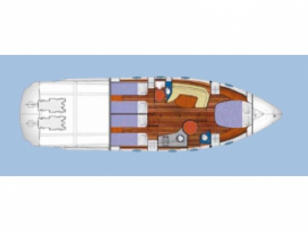 Louer Bateau à moteur avec ou sans skipper Blu à Cannigione