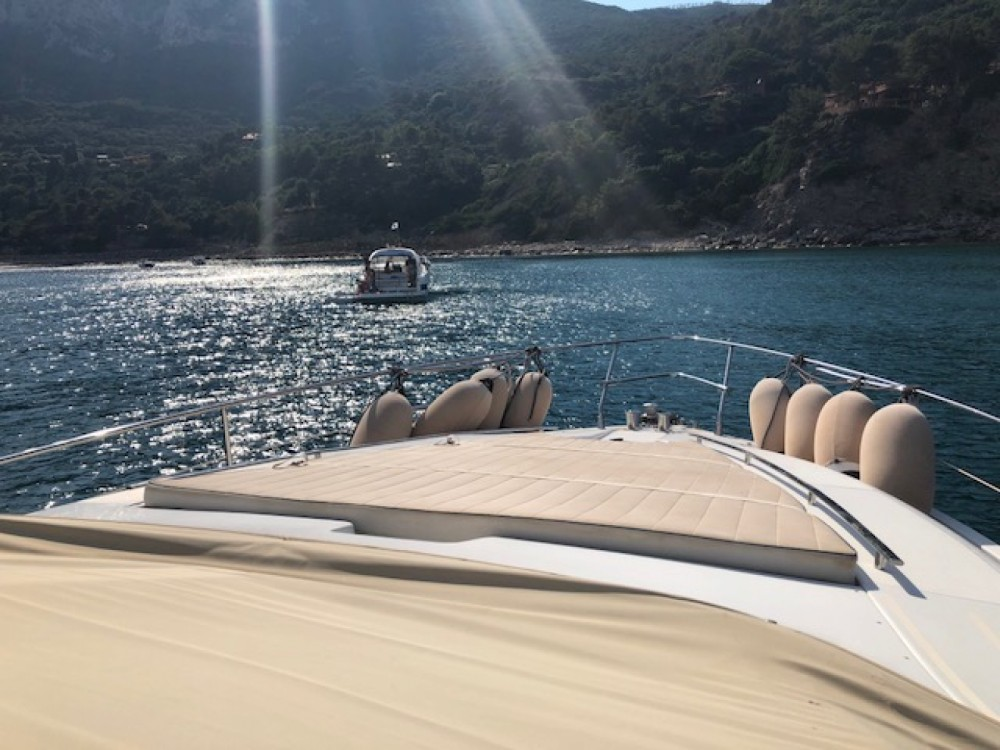 Motor boat for rent Marina Cala Galera at the best price