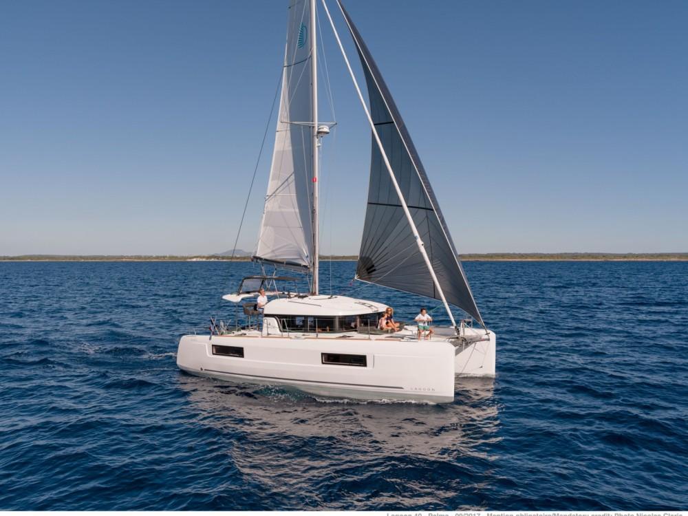 Rental Catamaran in Sukošan - Lagoon Lagoon 40
