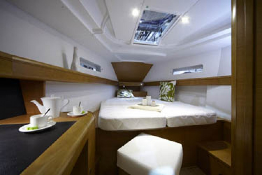 Rental yacht Trogir - Jeanneau Sun Odyssey 439 on SamBoat