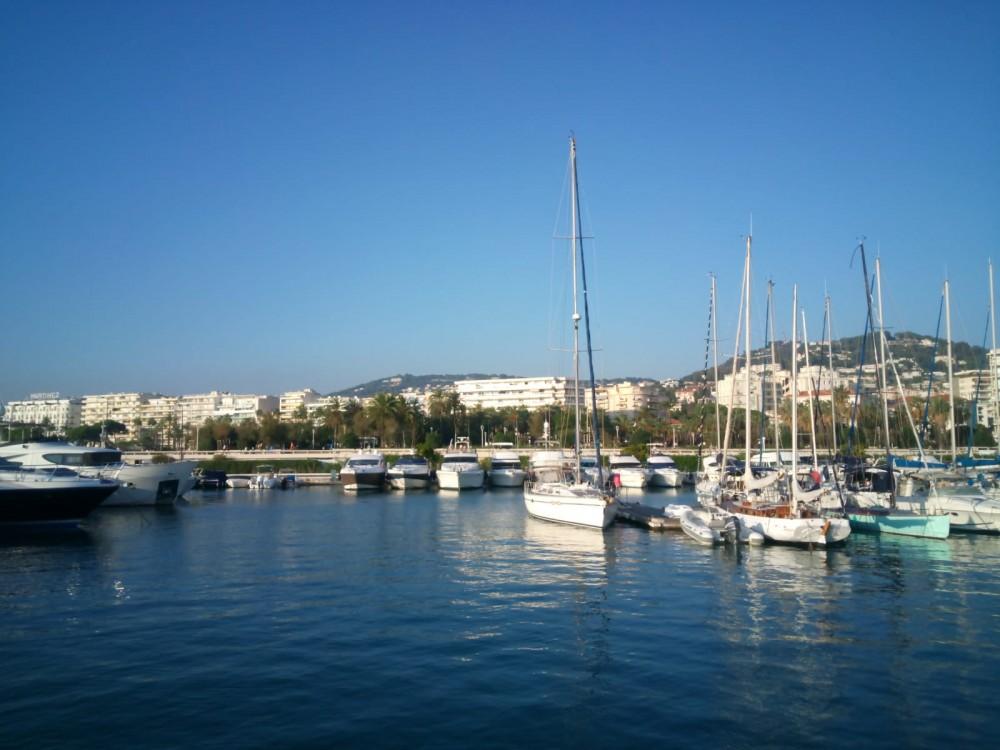 Jachthuur in Cannes - Ferretti Altura 36 via SamBoat